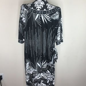 New Signature By Robbie Bee Side Tie Dress